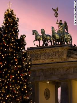 Елка у Бранденбургских ворот (Берлин)