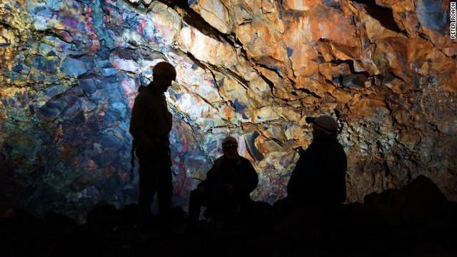 Магмовый зал под вулканом Thrihnukagigur, Исландия