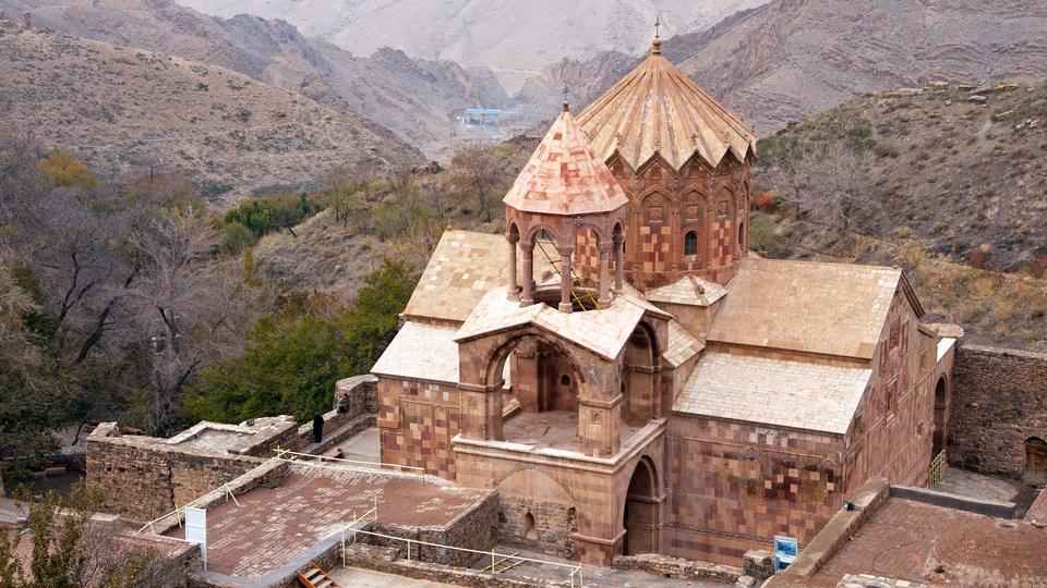Древний армянский монастырь