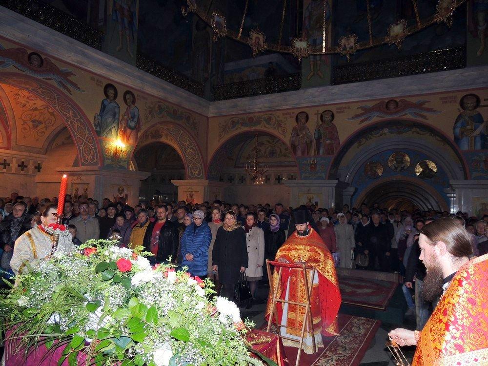 Свято-Троицкий собор в магадане служба