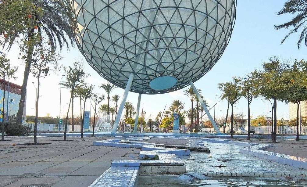 Expo globe