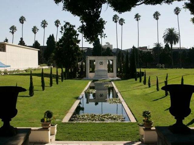 Кладбище Голливуда
