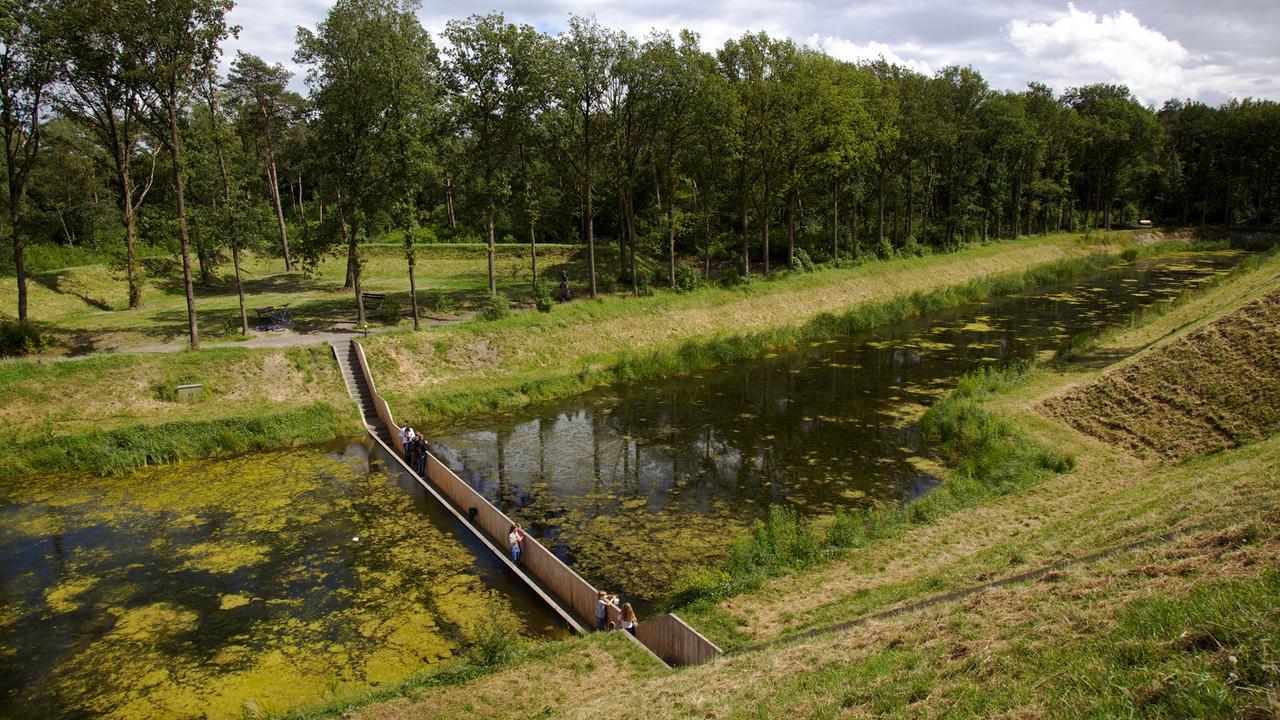 Мост Моисея - подводный переход в Нидерландах