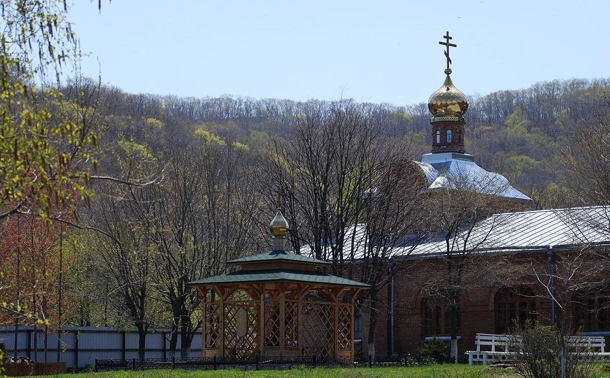 Владивостокский Свято-Серафимовский мужской монастырь 2