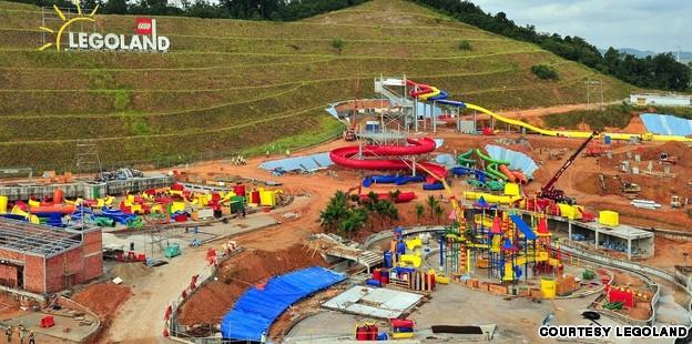 main_legoland_water_park
