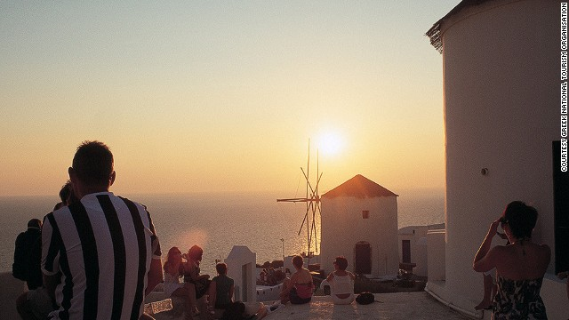 sunsets-santorini
