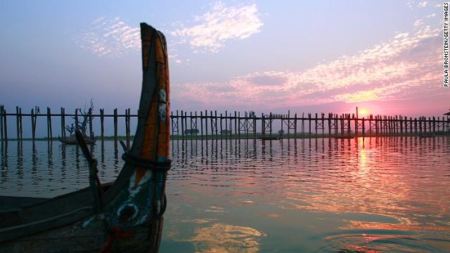 sunsets-u-bein-bridge