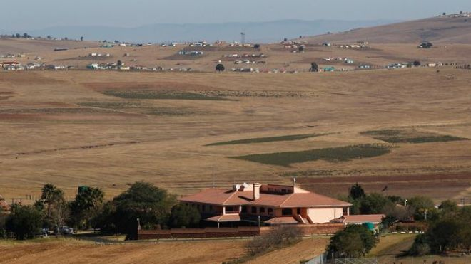 Место упокоения Манделы