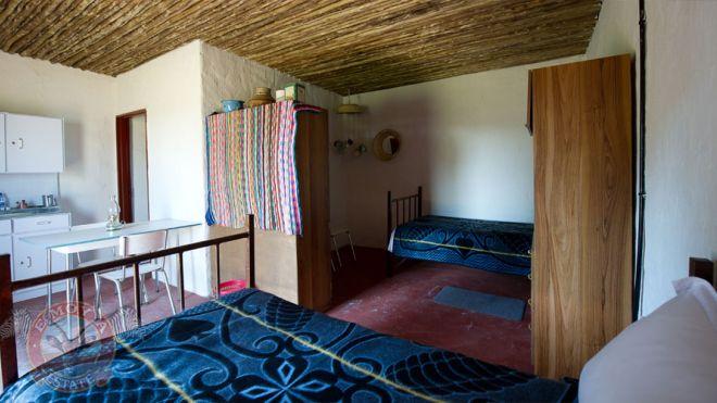 отель в трущобах