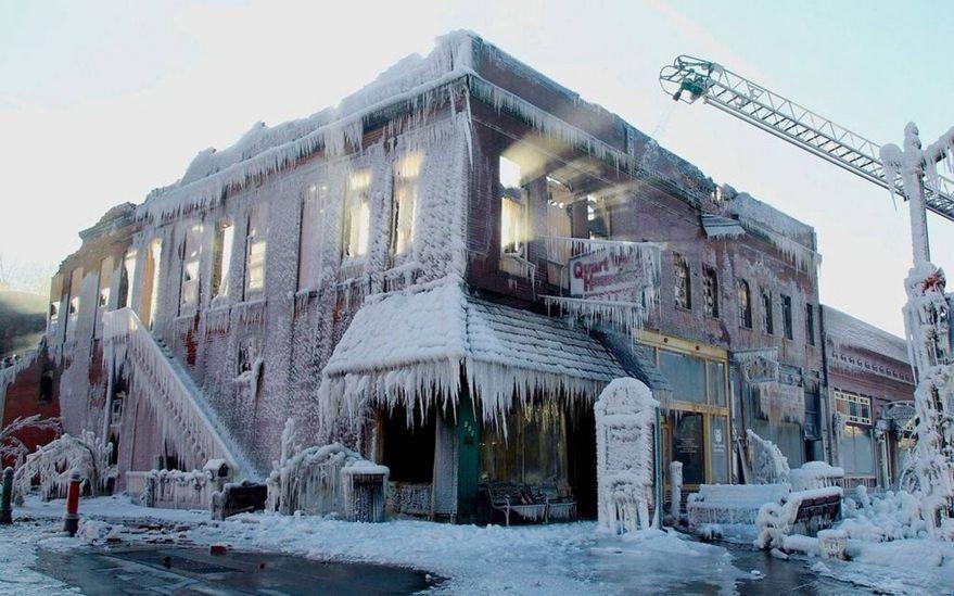 оперный театр во льду