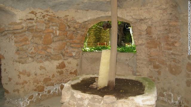 Подземные сады Бальтазара Форестьера, Калифорния