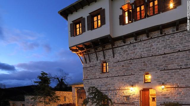 Горы и море Sakali Mansion