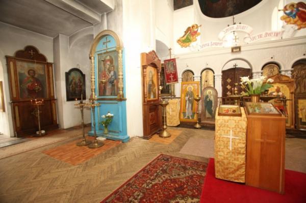 Кафедральный собор Благовещения Пресвятой Богородицы внутри