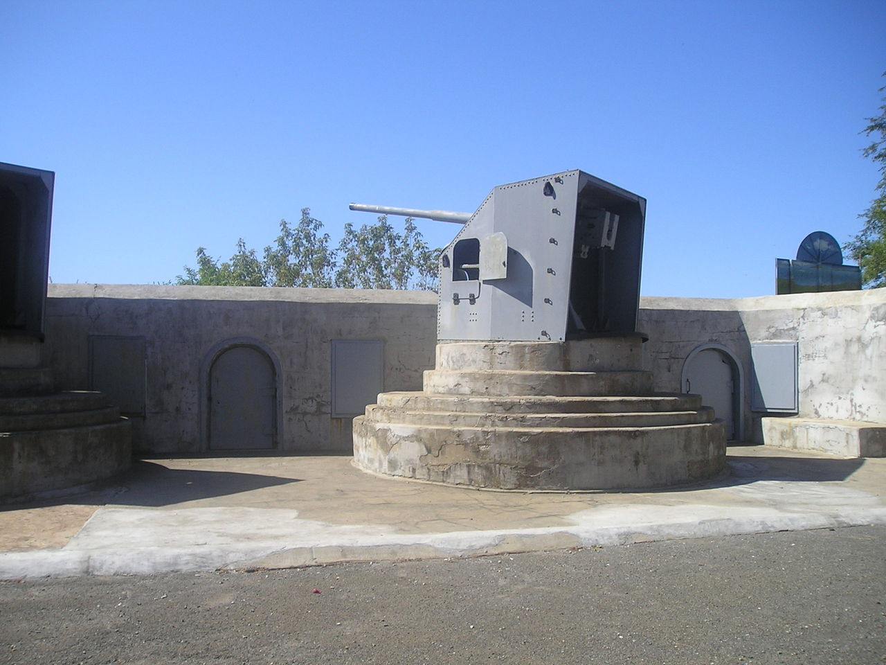 Владивостокская крепость-музей пушка