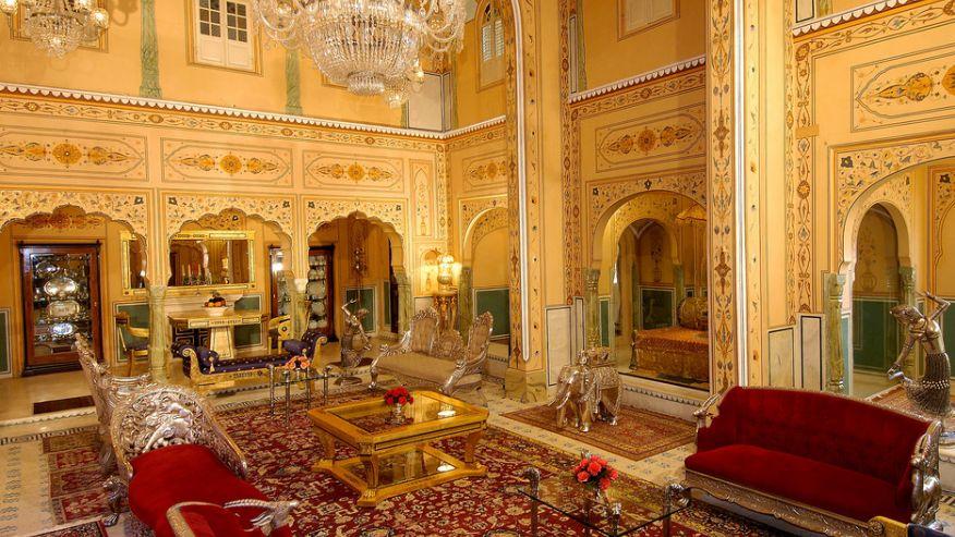 Президентские апартаменты в Raj Palace, Джайпур, Индия