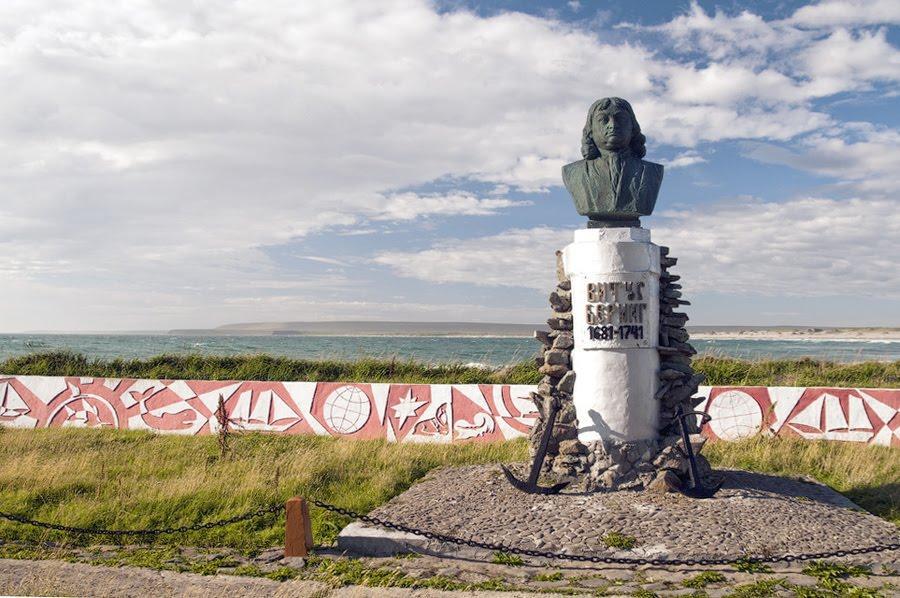 памятник витусу берингу 3