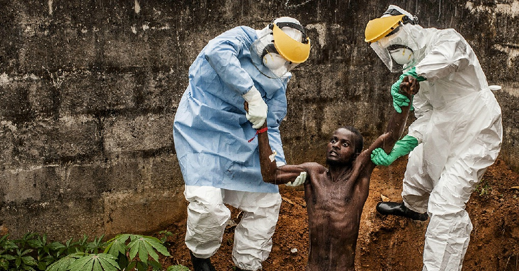 парень сходит с ума от эболы