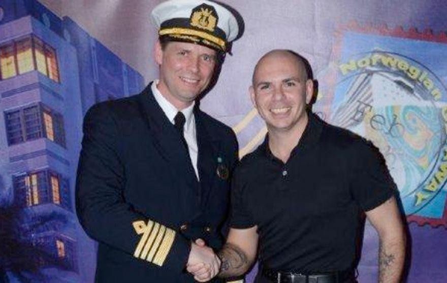 Капитан круизного судна 2