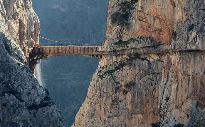 Самый опасный мост 01