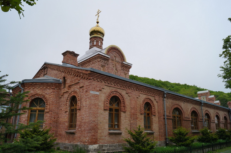 Владивостокский Свято-Серафимовский мужской монастырь